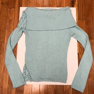 Guess off shoulders sweater
